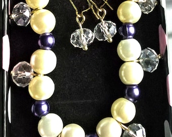 pearl and clear crystal bracelet and earrings set