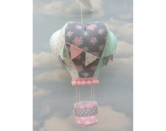 crib mobile, hot air balloon mobile, hanging mobile, hot air balloon, hanging decoration, nursery decor, gift for baby, nursery, baby shower