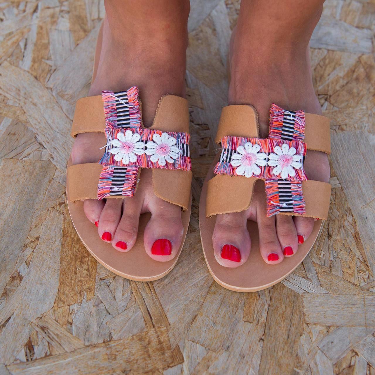 GlisseHommes t Ons, sandales en cuir, Hippie plat sandales, cuir, chaussures d'été en cuir, sandales, agréHommes tée de sandales pour femmes, Boho Chic sandales, sandales avec des fleurs ea749e