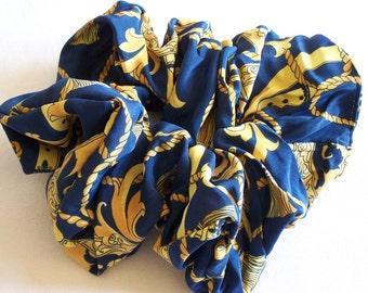 Vintage grandes recortes favoritos de azul y oro con motivos