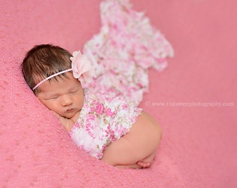 Ruffle Stretch Fabric Wrap Pink Floral Newborn Photography Prop Posing Swaddle