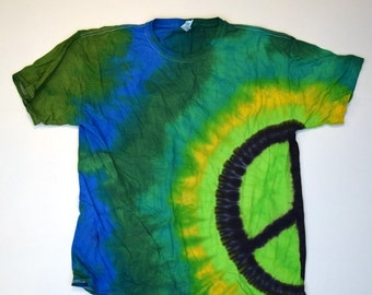 Green Dream ~ Side Peace Sign Tie Dye T-Shirt  (Fruit of the Loom Heavy Cotton HD Size L) (One of a Kind)