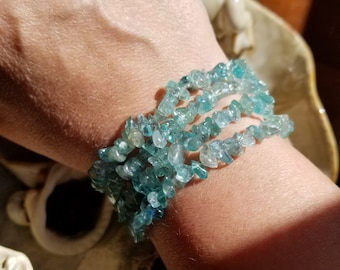 Genuine Apatite Gemstone Chip Bead Stretch Bracelet