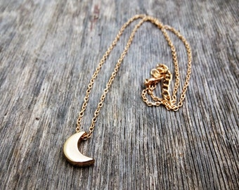 Gold Moon Necklace, Crescent Necklace, Minimal Necklace, Half Moon Necklace, Boho Necklace, Semicircle Necklace, Gold Necklace, Gold Jewelry