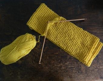 Chunky Knit Scarf Pattern - Easy Scarf Knitting Pattern