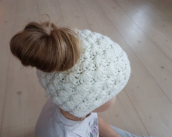 Bun Beanie, Messy Bun Hat, Bun Hat, Messy Bun Beanie, Pony Tail Hat, Pony Tail Beanie, Messy Bun Crochet Hat, Ponytail Hat, Womens Hats