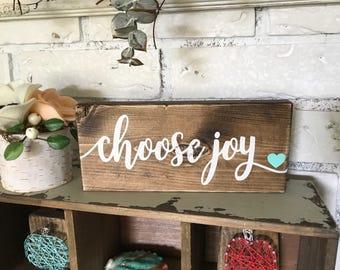 "Custom Wood Sign, Rustic Sign, Farmhouse Decor, Hand Painted Sign, Wall Decor, Rustic Decor, Rustic Sign, Wedding Gift, Choose Joy 4"" x 8"""