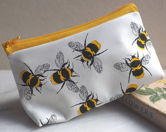 Leather makeup bag, Leather Make Up bag, cute makeup bag, cosmetic bag, cosmetic case, gifts for her, gift for mum, pencil case, bee