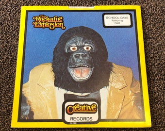 Creative records 1981 rock afire explosion 45 record Showbiz pizza Catch A Wave