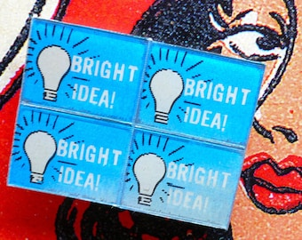 4pcs VINTAGE FLICKER CHARMS Plastic Winky Bright Idea