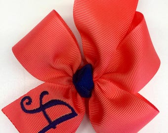 Coral Monogram, Initial Hair Bow, Monogrammed Gifts, Embroidered Bows, Boutique Custom, Ribbon Summer, Kids Preppy, Personalized Med, Beach