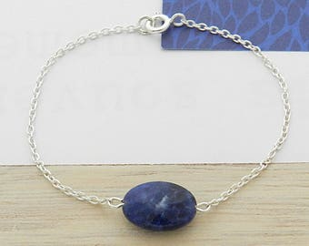 Bracelet with Sodalite stone and silver chain