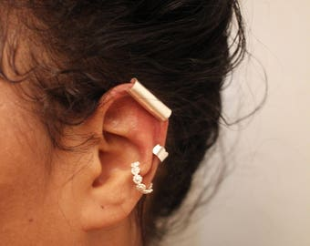 Scalloped Minimalist Ear Cuff