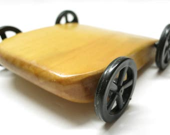 Wooden super racer toy handcrafted, handmade and created to resistant maximum wind