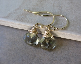 Olive Quartz Earrings, Gold Earrings, Olive Green Earrings, Wire Wrapped, Gold Wire Wrapped Earrings, Fall, Autumn, Irisjewelrydesign