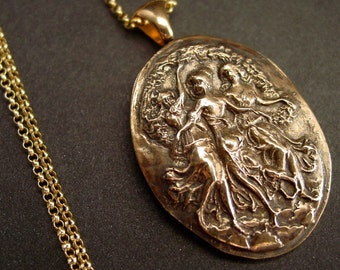 The Three Graces - Necklace