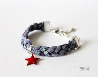 Child Red Star gray braided fabric bracelet
