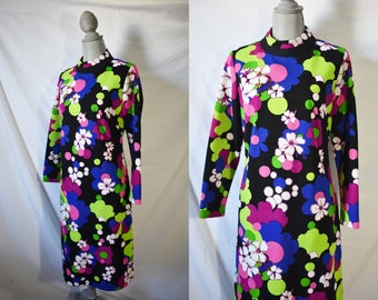 Vintage 70s Black Mini Floral Dress Long Sleeved Day Dress Casual Hippie Wedding Guest Dress Gogo Mod Groovy Dress Cocktail Party Dress