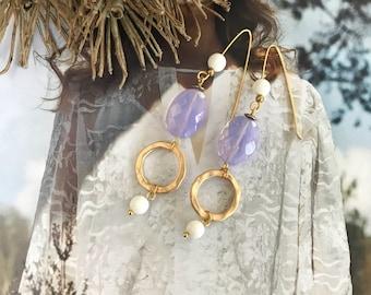 BEAUTY Minoo. Beautiful earrings with gemstones Opaliet and freshwater pearls of shell.