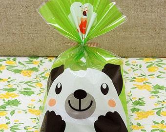 10 Green Bear Face Cellophane Bags (5.5 x 7.9in)