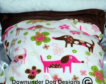 Brown and Gold DoxieSnuggle Bed 30 by 30 inches