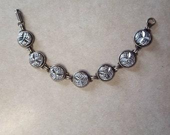 """CZECH BUTTONS BRACELET Vintage 14mm Czech glass buttons on a brass link bracelet sz med 7.5"""""""