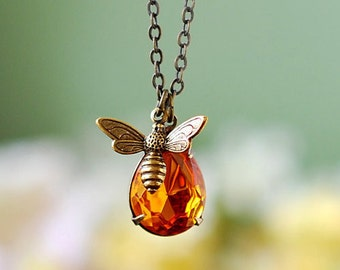 Bee Necklace, Honey Bee Bumble Bee Jewelry, Bee Lover gift, Topaz November Birthstone, gift for her, gift for mom, Mothers day gift