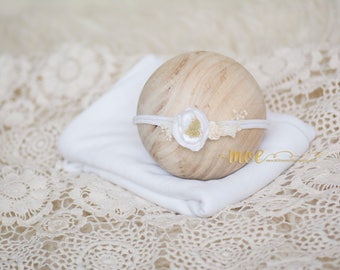 Simply White - Gorgeous tieback and stretch wrap combo - Natural white