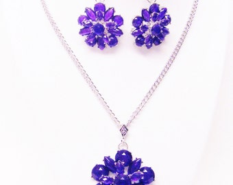 Large Amethyst (in Purple) 3D Acrylic Flower Pendant Necklace & Earrings