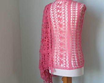 SALE / HALF PRICE, Lace crochet shawl, pink, H786