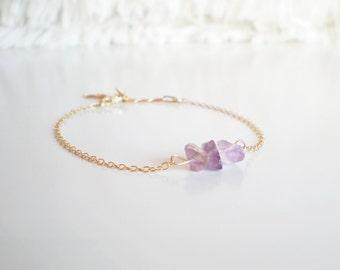 Raw Amethyst gold bracelet // 14K gold vermeil delicate chain // dainty bracelet // gold gemstone bracelet // amethyst crystal