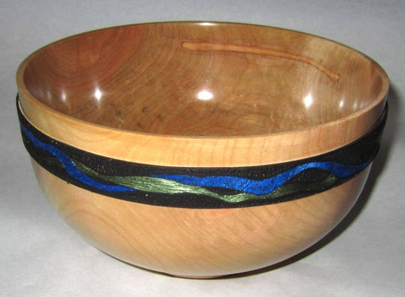 """Large Maple Bowl – """"Bright Future"""" – Classic Shape with an Artistic Detail"""