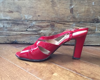 Renata Italian Patent Red Leather heals Vintage 1970's