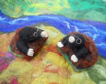Needle felted Mole, Mole in Molehill, Waldorf, Play mat, Play scape, Play School, Nursery School, Kindergarten, Story time, felted animal