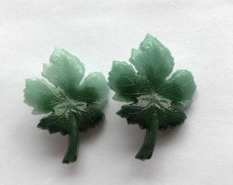 Vintage small green leaf  - Living Vintage