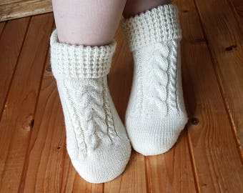 Hand Wool Slippers,Slipper Boots,Cable knit slipper socks,Bed Socks,Knit Socking,Indoor socks,Clogs,Socks for home.