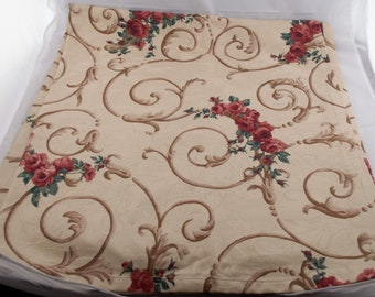Tan Back Ground Rectangular Tablecloth w/ Red Rose Bouquets