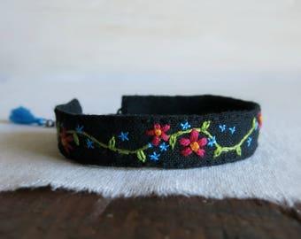 Floral Bracelet, Boho Bracelet, Boho Cuff, Flower Bracelet, Embroidery Bracelet