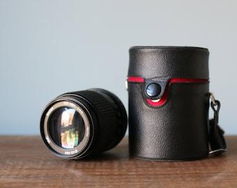 Vintage Vivitar VMC 135mm 3.5 Auto Camera Lens with Original Round Leather Case