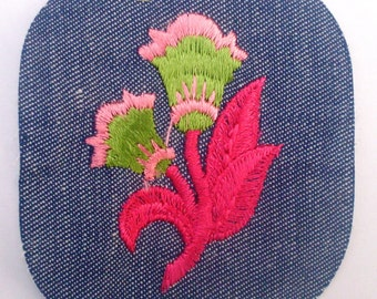 Lovely Pink Green Flowers Rare Collectible Vintage 1970's Sewing Patch Applique