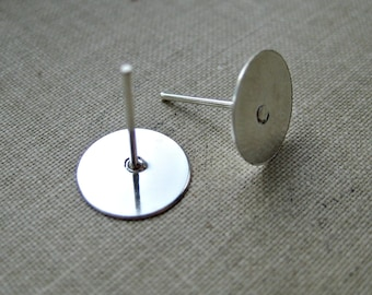 50 Pcs - Earring Stud Posts - Tray: 8mm in diameter, Lead and Cadmium free