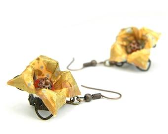Origami earring kouki ( flower )