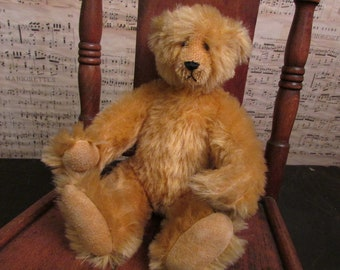 "VinTage Teddy Bear ""Yesterbear"" ~ Signed by artist Cindy Martin 1986"