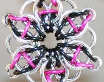 Chainmaille Celtic Star Pendant Pink Black Silver Large