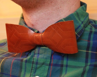 Caramel textured Flat leather bow tie. Modern men's bowtie. Geometric Patterned brown tie. Gift under 25. Father's day tie gentleman