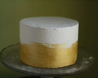 "6"" round fake cake with metallic gold icing for display desserts and home staging. Faux cake wedding cake dummy tier, food prop."