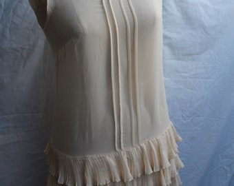 Cream overdress REF 925