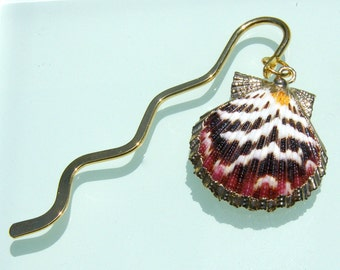 Seashell Bookmark - Gold metal - Scallop shell - Stocking Stuffer for Holidays