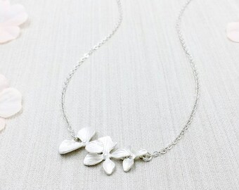 Matte Silver Orchid Necklace, Silver Triple Orchid Flower Necklace, Bontanic Wedding Party Bridal Bridesmaid Sister Mom Gift for Her