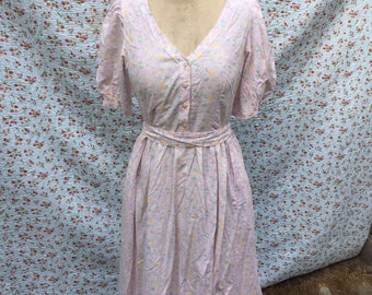 Pastelcoloured dress from the 80s by Laura Ashley